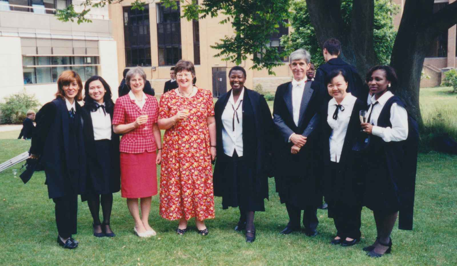 Ambassador Anna Aghadjanian (1st from left); Alison Nicol, former Administrator (3rd from left); Glenis Collins, former Secretary (4th from left); Ambassador Christopher Long, former Director of the Programme (3rd from right)