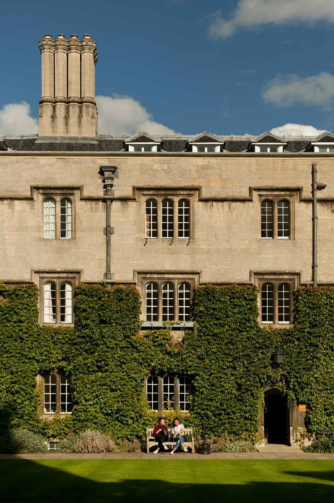 case study writer oxford university Appeals from discrimination in federal employment: a case study  a case study, social forces,  oxford university press is a department of the university.
